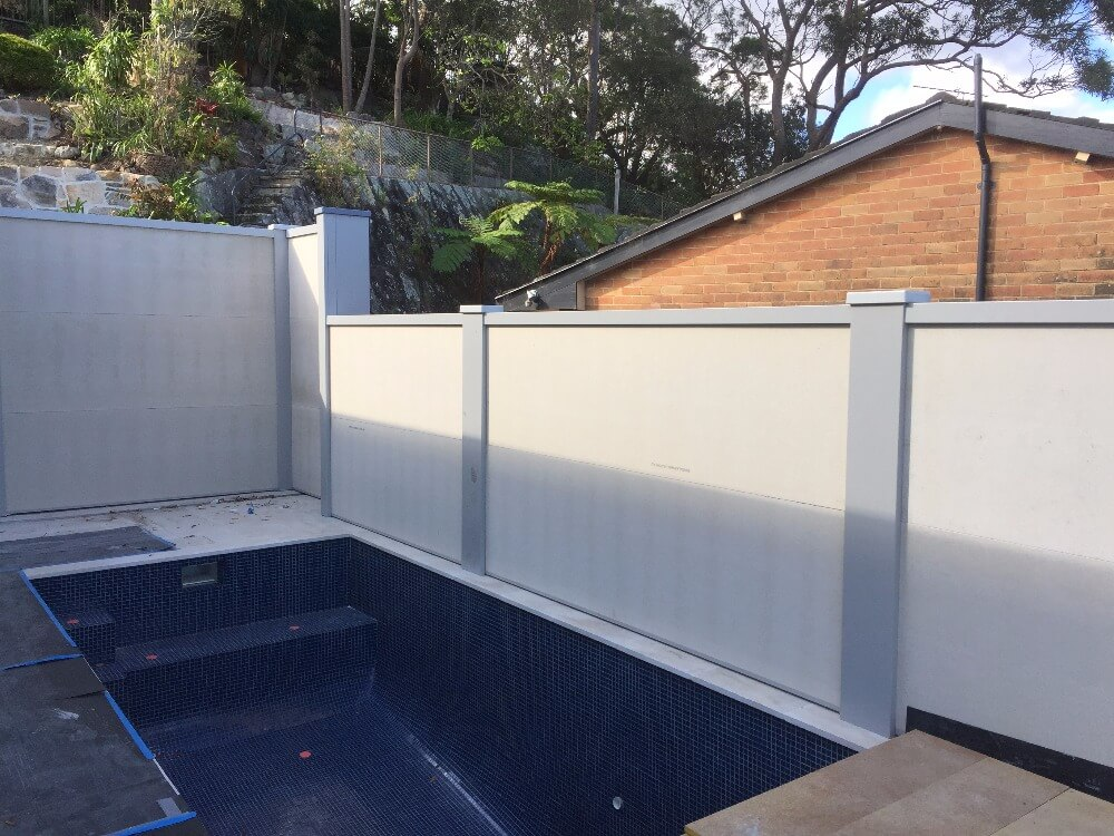 choosing the right pool fence